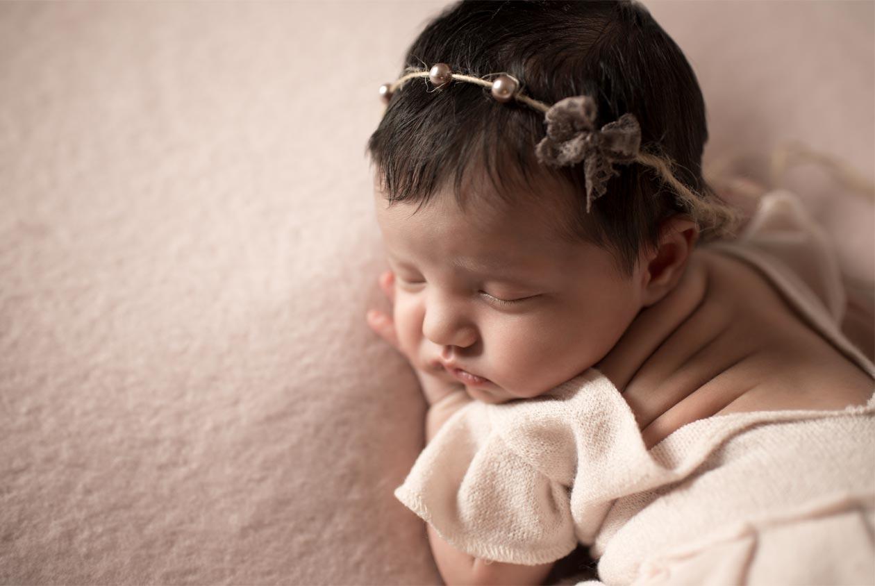 Professional newborn portrait of a girl